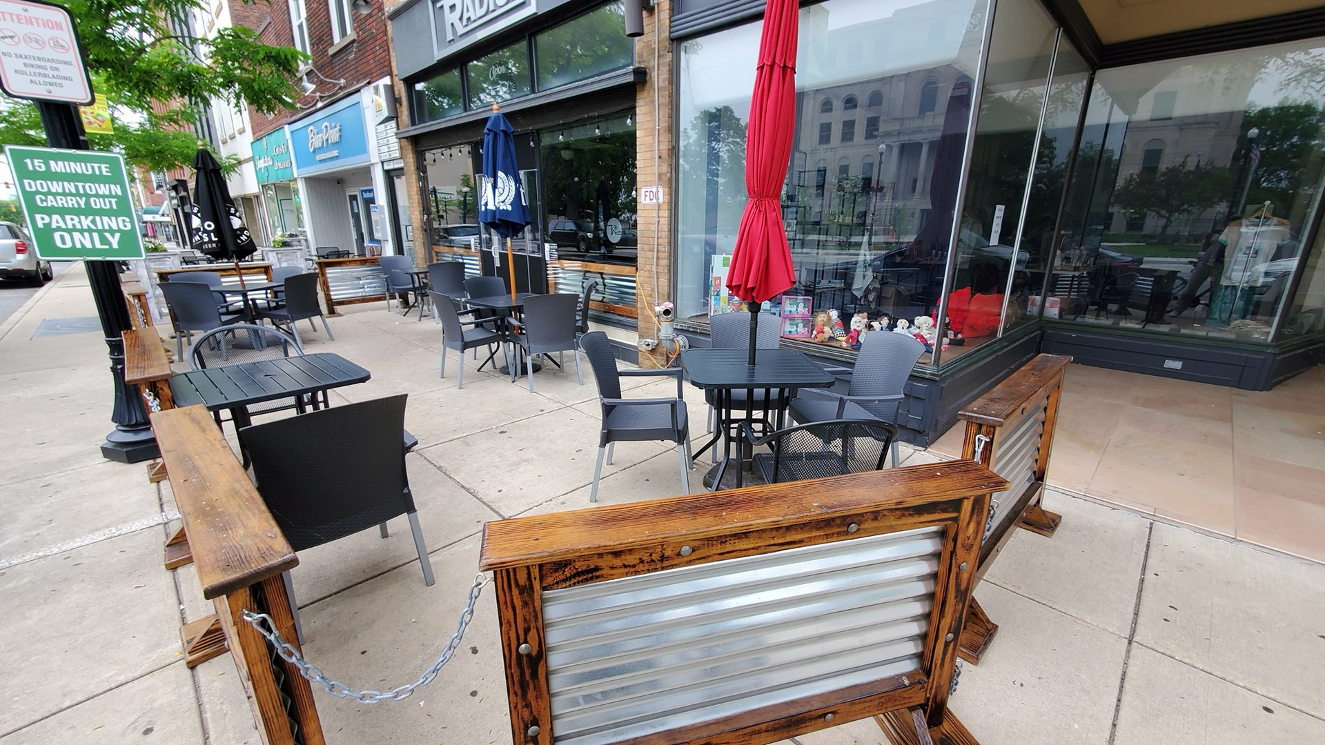 radius expands its outdoor space as one of Valpo's best restaurants